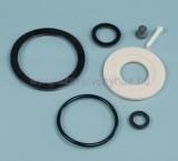 """A javítókészlet a tartályok összes tömítését tartalmazza D74 mm-es öblítőszelep ház tömítés, D29 mm-es töltőszelep tömítés, D8 mm–es töltőszelep elzáró gumihenger tömítés, töltőszelep rögzítő csap, D60 mm-es öblítőszelep tányér tömítés, D49,5 mm-es """"O"""" gy"""